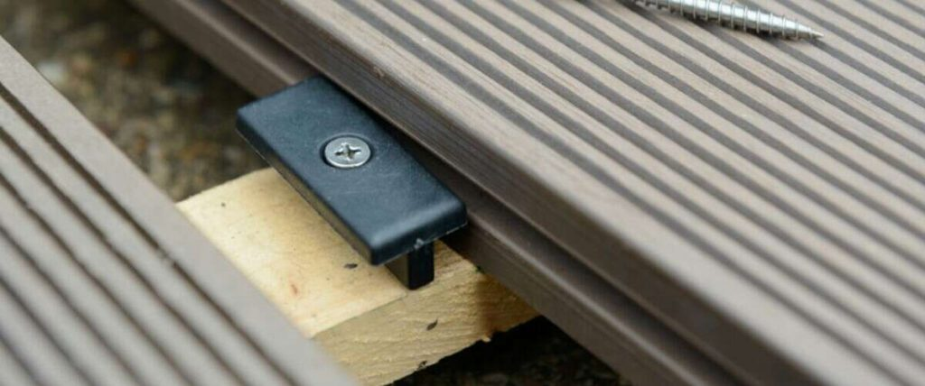 t-clip method of installing outdoor decking