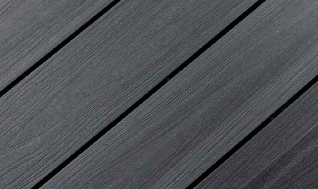 disadvantages of outdoor decking