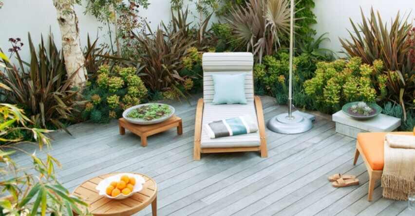 modern garden with outdoor decking