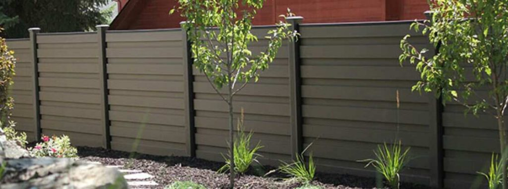 make your backyard beautiful with fencing material