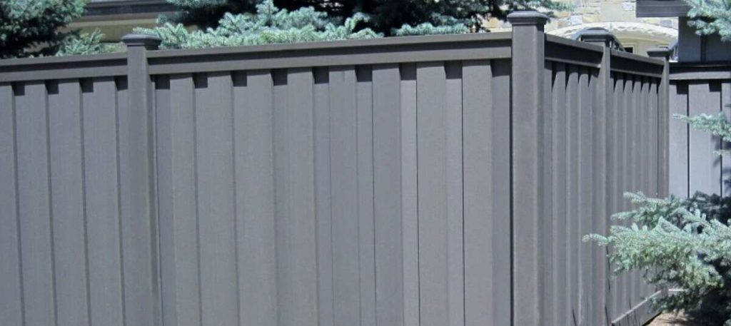 how to maintain outdoor fencing