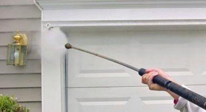 pressure washer on cladding