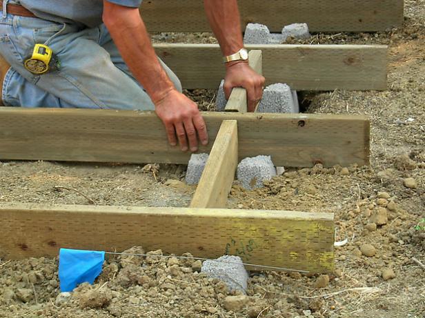 using precast concrete as your decking base