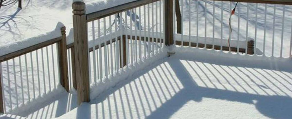 decking resistant to cold